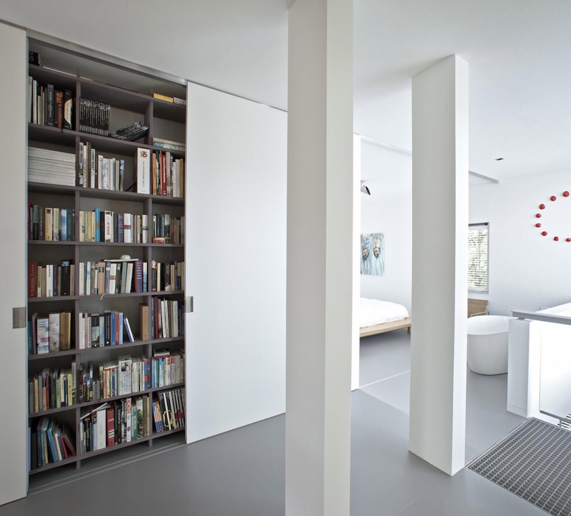 stadshuis_poststraat_tilburg_16 slaapkamer kast open