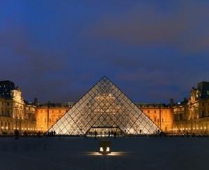 Paris-France-Landmarks-Louvre-4
